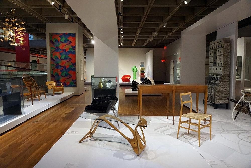 Montreal-Museum-Of-Fine-Art-Canada-Travel-Blogger-Photography-LINDATENCHITRAN-60-1616x1080.jpg