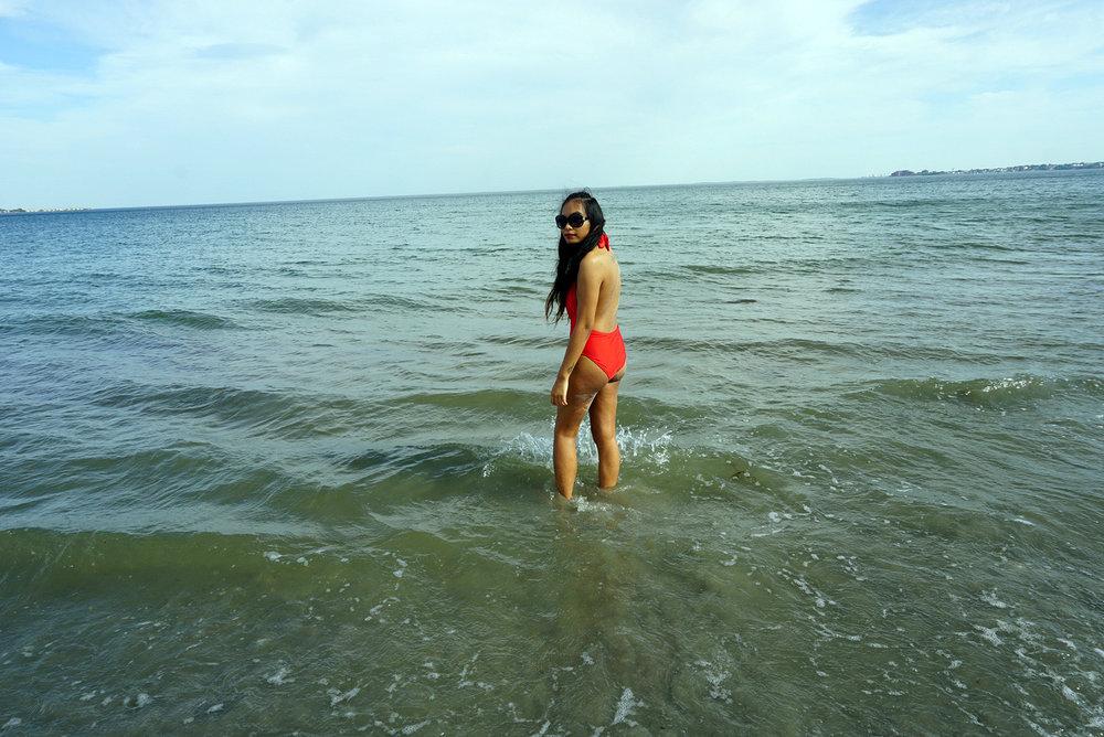 Red-One-Piece-Swimsuit-Beach-Summer-Fashion-Style-Blogger-LINDATENCHITRAN-7-1616x1080.jpg