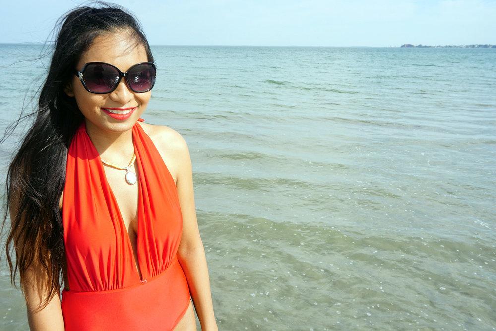 Red-One-Piece-Swimsuit-Beach-Summer-Fashion-Style-Blogger-LINDATENCHITRAN-12-1616x1080.jpg