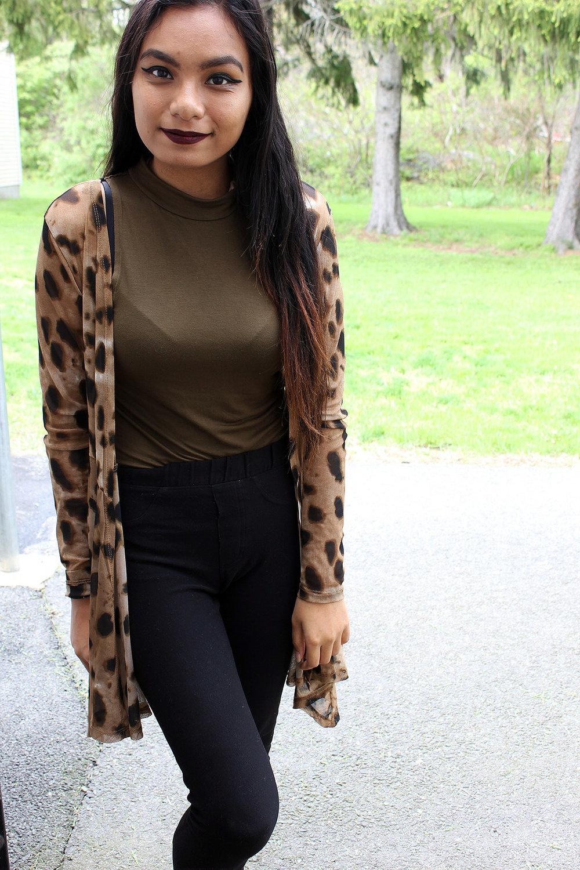 Styling-Leopard-Cardigans-Olive-Green-Bodysuit-Work-Appropriate-Office-Wear-Style-Blogger-LINDATENCHITRAN-5-1616x1080.jpg