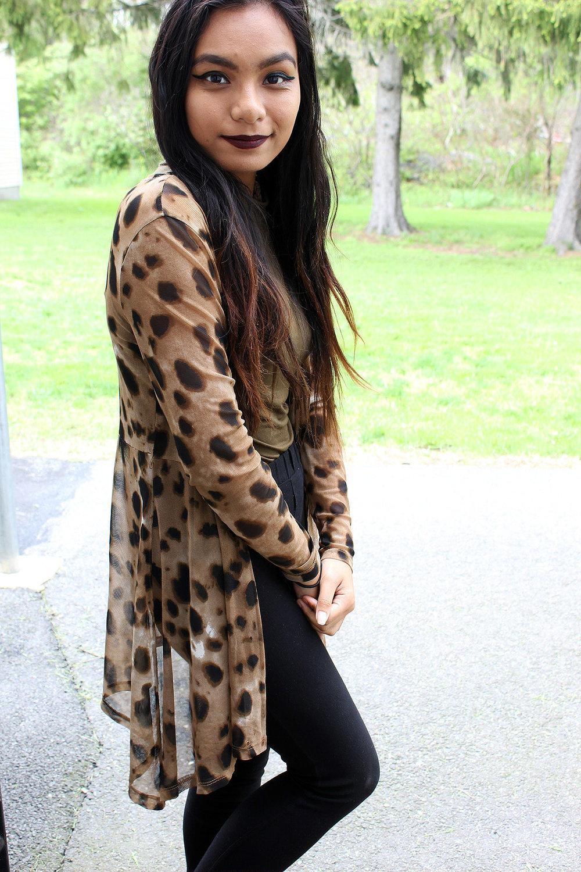 Styling-Leopard-Cardigans-Olive-Green-Bodysuit-Work-Appropriate-Office-Wear-Style-Blogger-LINDATENCHITRAN-6-1616x1080.jpg