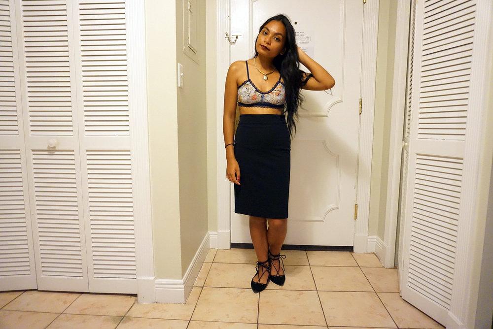 When-In-Miami-Bralettes-Style-Blogger-Travel-Fashionista-LINDATENCHITRAN-4-1616x1080.jpg