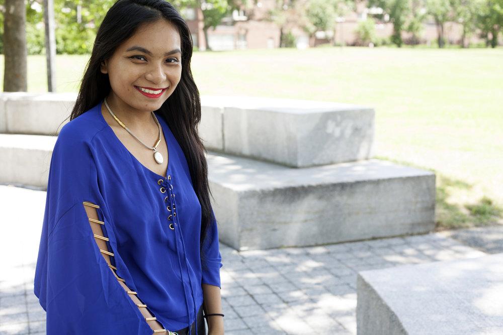 Flowy-Loose-Fitting-Shirts-Summer-Time-Style-Blogger-Fashionista-LINDATENCHITRAN-6-1616x1080.jpg