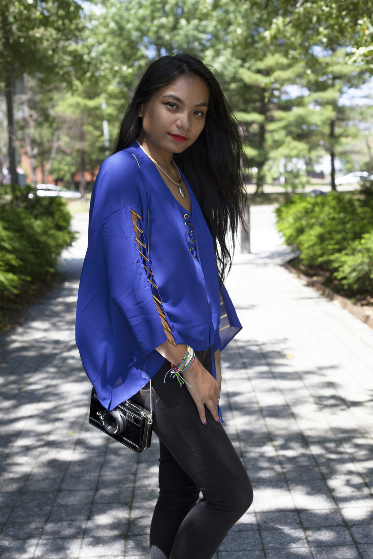 Flowy-Loose-Fitting-Shirts-Summer-Time-Style-Blogger-Fashionista-LINDATENCHITRAN-10-1616x1080.jpg