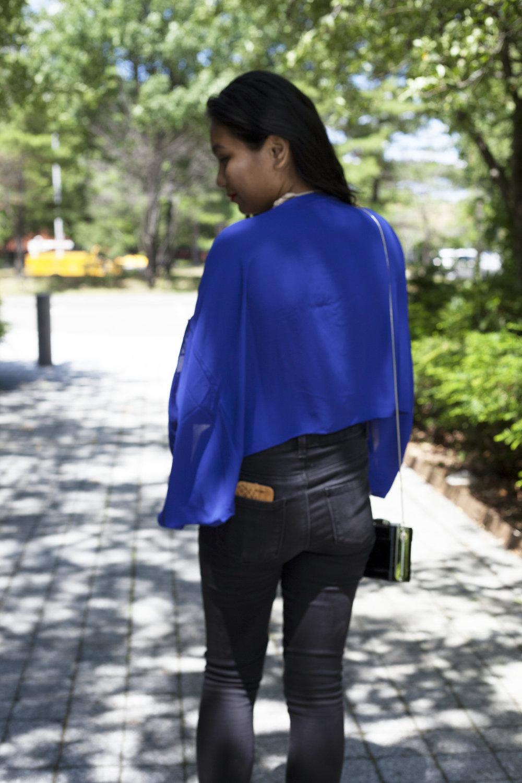 Flowy-Loose-Fitting-Shirts-Summer-Time-Style-Blogger-Fashionista-LINDATENCHITRAN-11-1616x1080.jpg