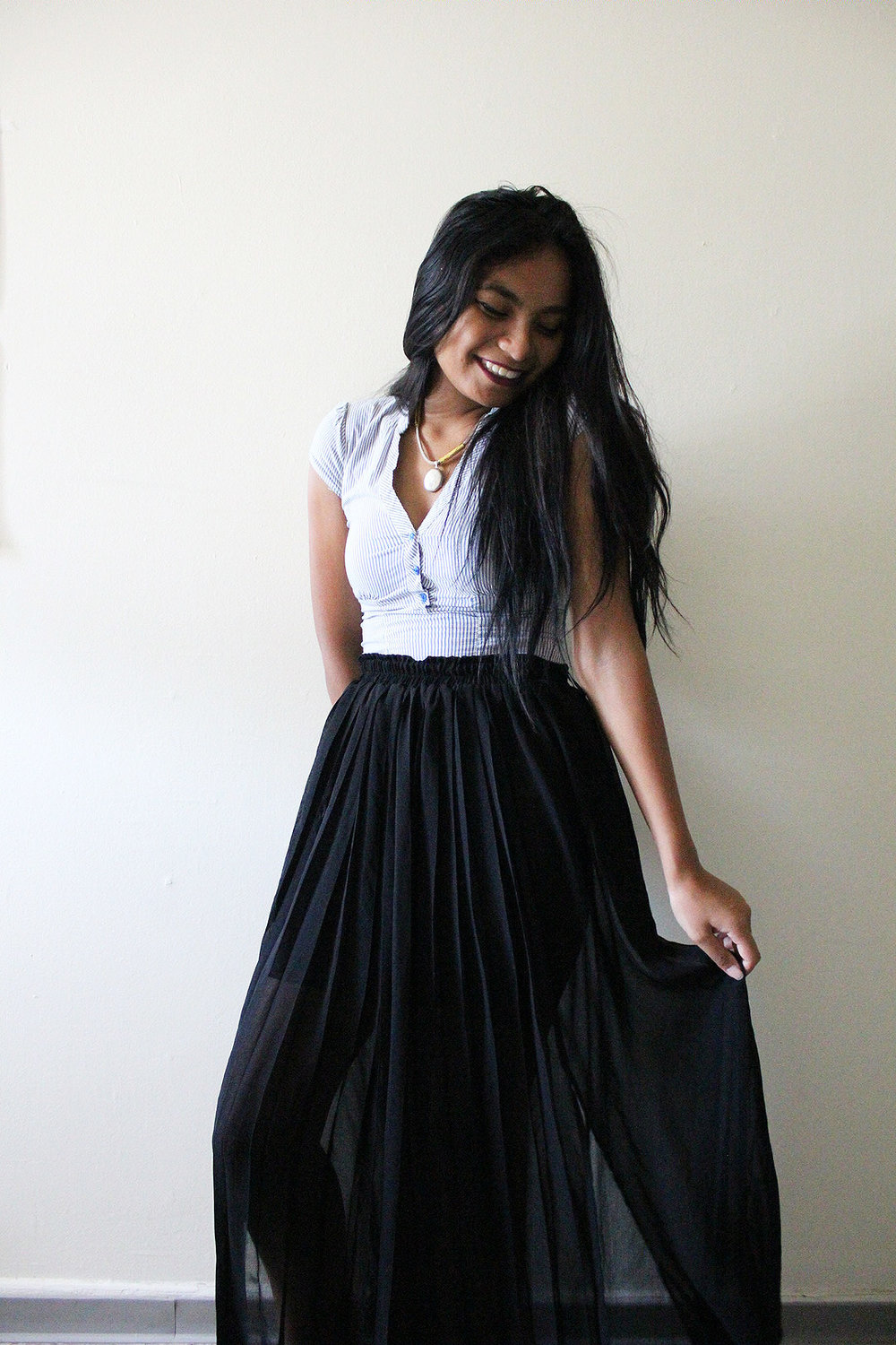 Maxi-Skirt-Button-Down-Work-Appropriate-Office-Wear-Style-Blogger-Fashionista-LINDATENCHITRAN-7-1616x1080.jpg
