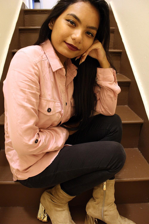 Beige-Amiclubwear-Boots-Pink-jacket-Fall-Style-Blogger-FASHIONISTA-LINDATENCHITRAN-6-1616x1080.jpg