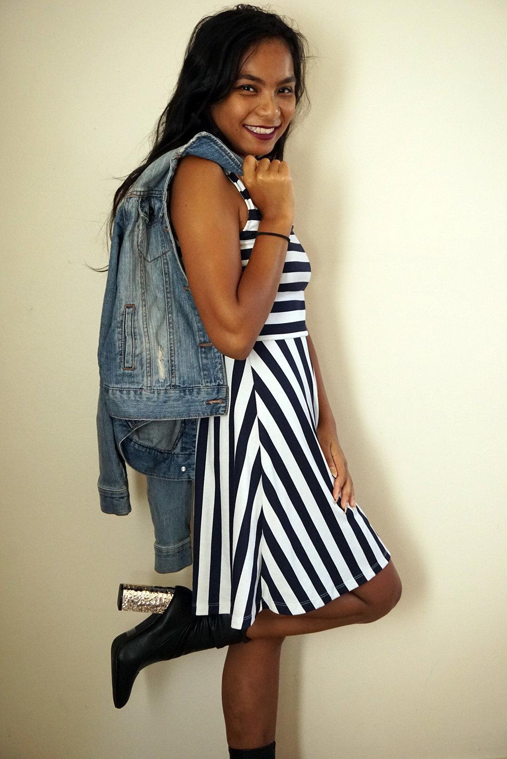 Striped-Dress-Black-Amiclubwear-Boots-Fall-Style-Blogger-LINDATENCHITRAN-3-1616x1080.jpg