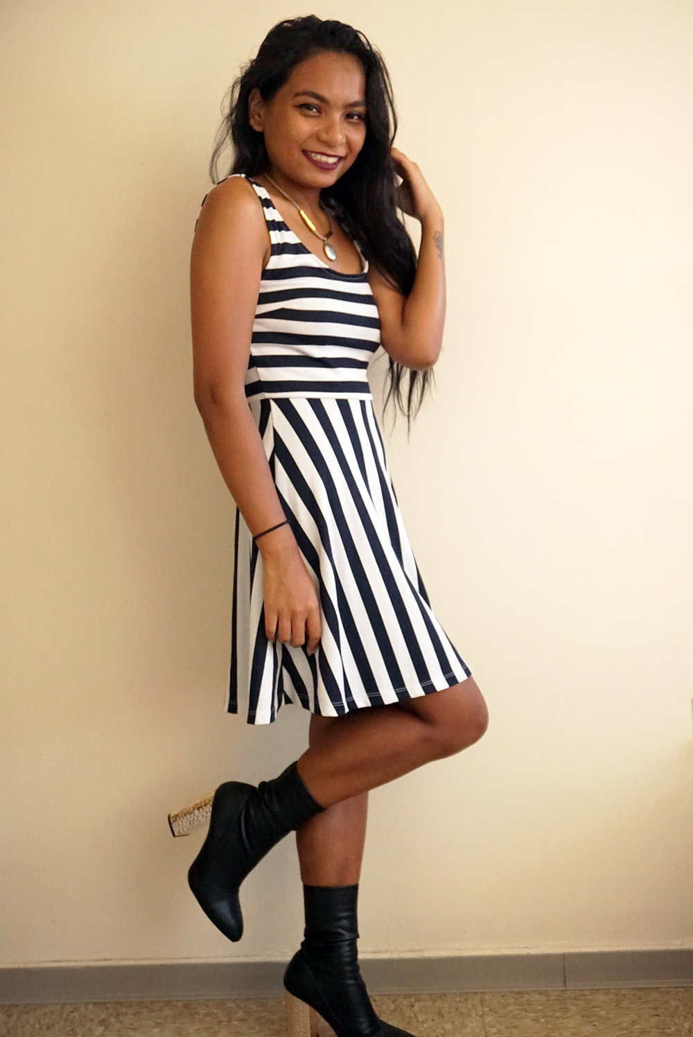 Striped-Dress-Black-Amiclubwear-Boots-Fall-Style-Blogger-LINDATENCHITRAN-7-1616x1080.jpg