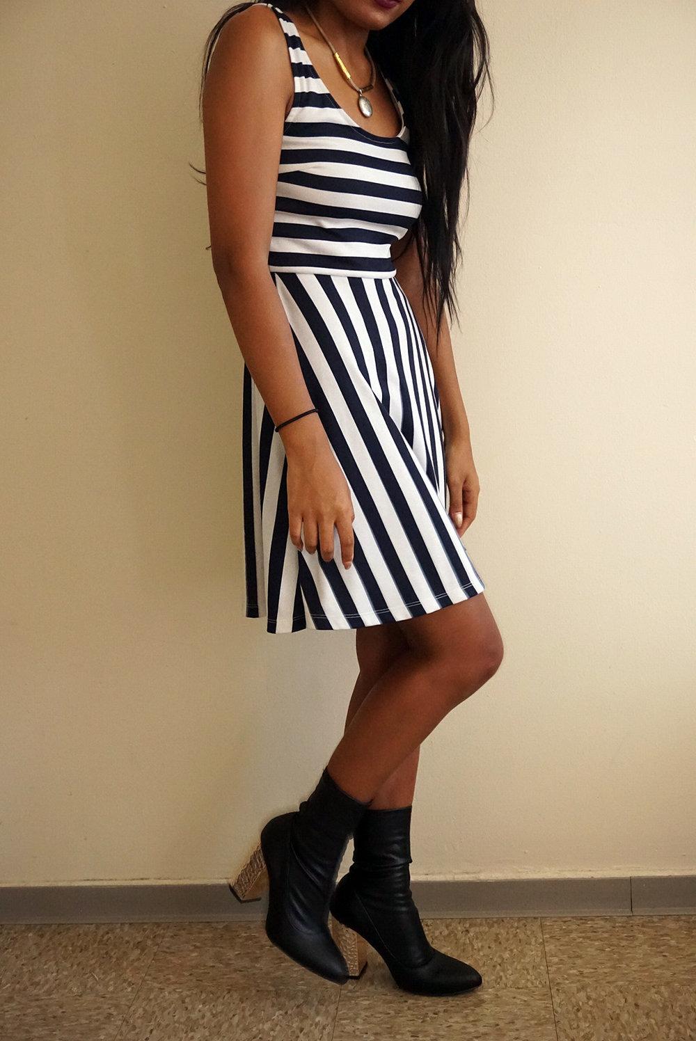 Striped-Dress-Black-Amiclubwear-Boots-Fall-Style-Blogger-LINDATENCHITRAN-6-1616x1080.jpg