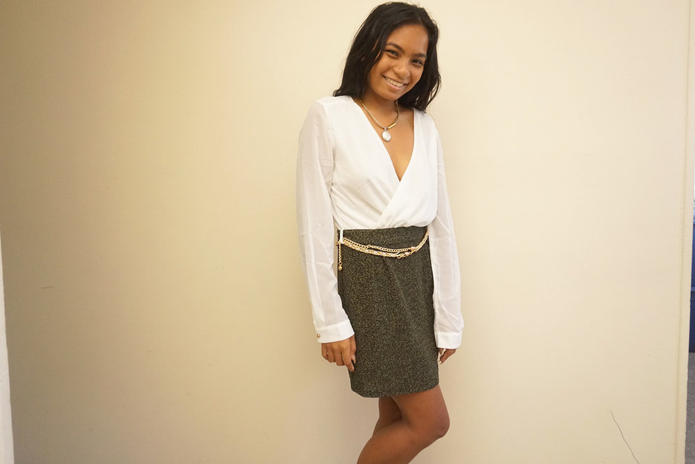 Two-Toned-Amiclubwear-Dress-Fall-Style-Blogger-LINDATENCHITRAN-5-1616x1080.jpg