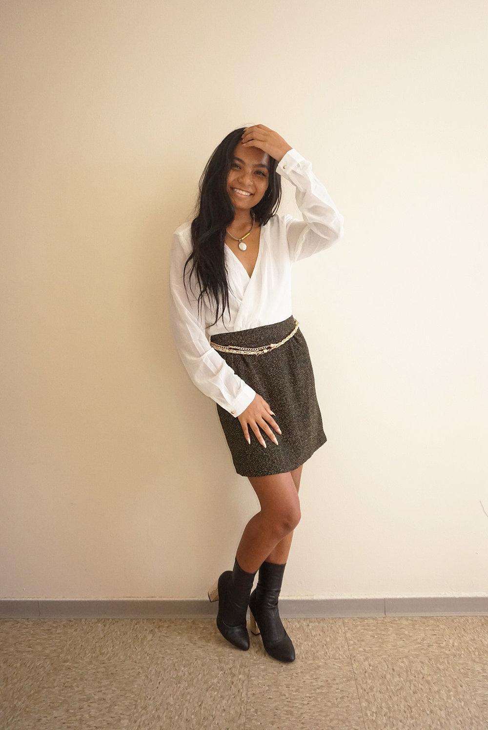 Two-Toned-Amiclubwear-Dress-Fall-Style-Blogger-LINDATENCHITRAN-9-1616x1080.jpg