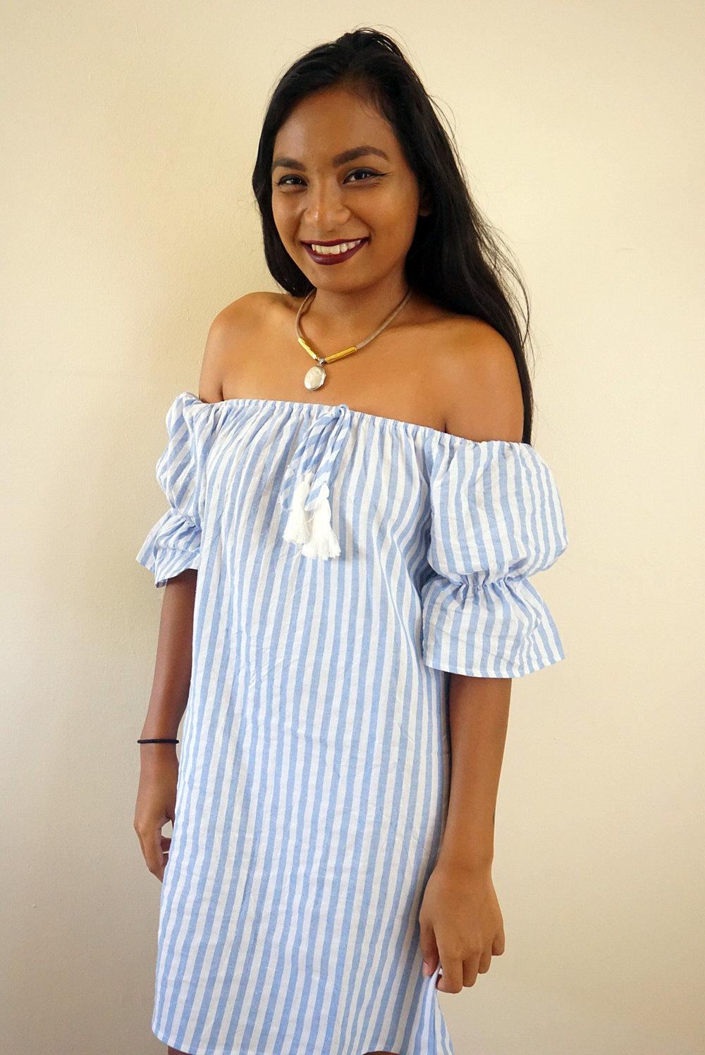 Off-the-shoulder-striped-dress-summer-fall-style-blogger-LINDATENCHITRAN-2-1616x1080.jpg