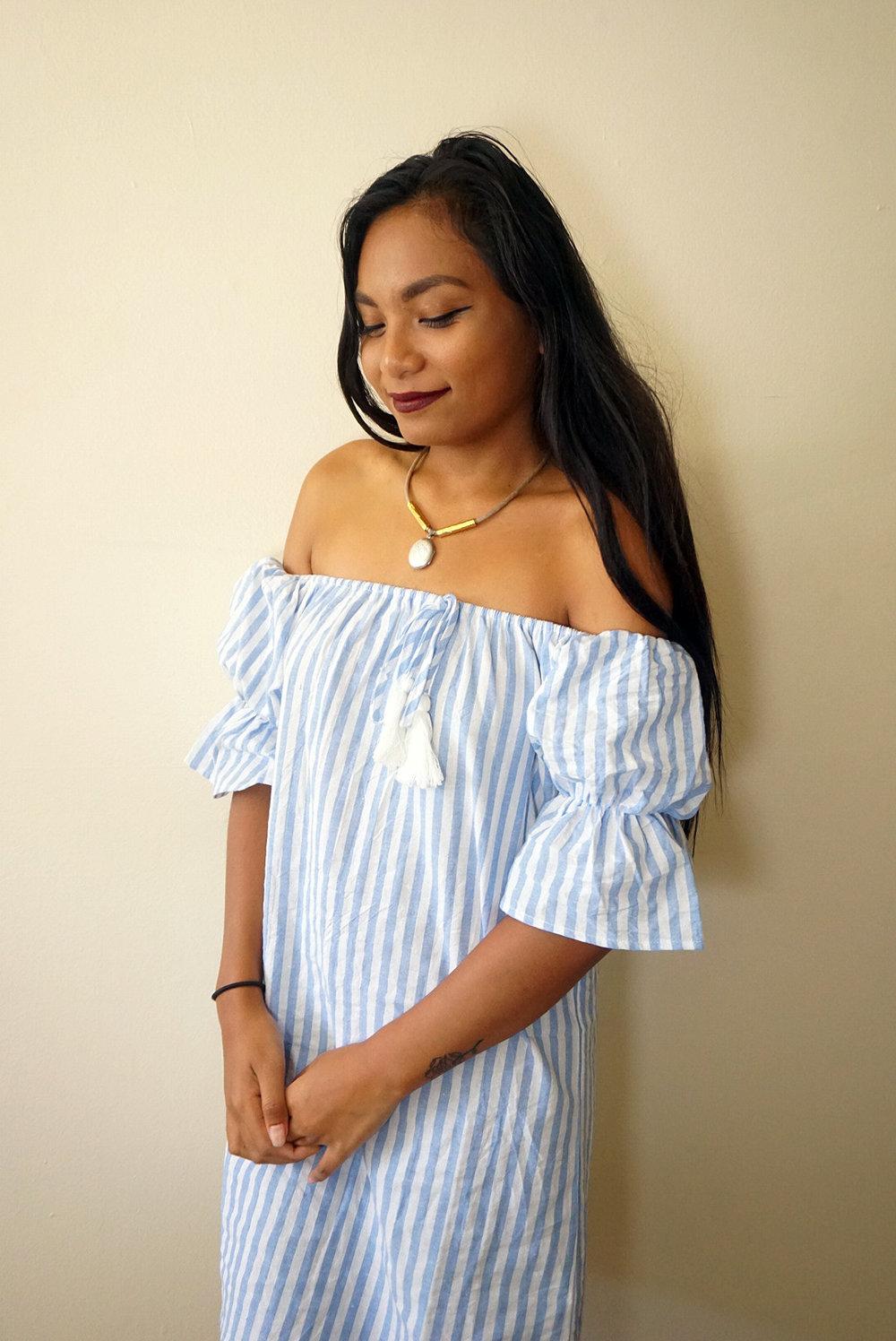 Off-the-shoulder-striped-dress-summer-fall-style-blogger-LINDATENCHITRAN-4-1616x1080.jpg