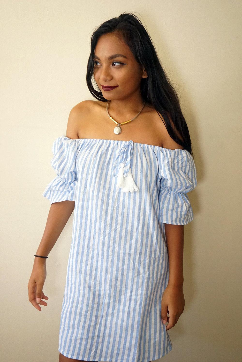 Off-the-shoulder-striped-dress-summer-fall-style-blogger-LINDATENCHITRAN-5-1616x1080.jpg