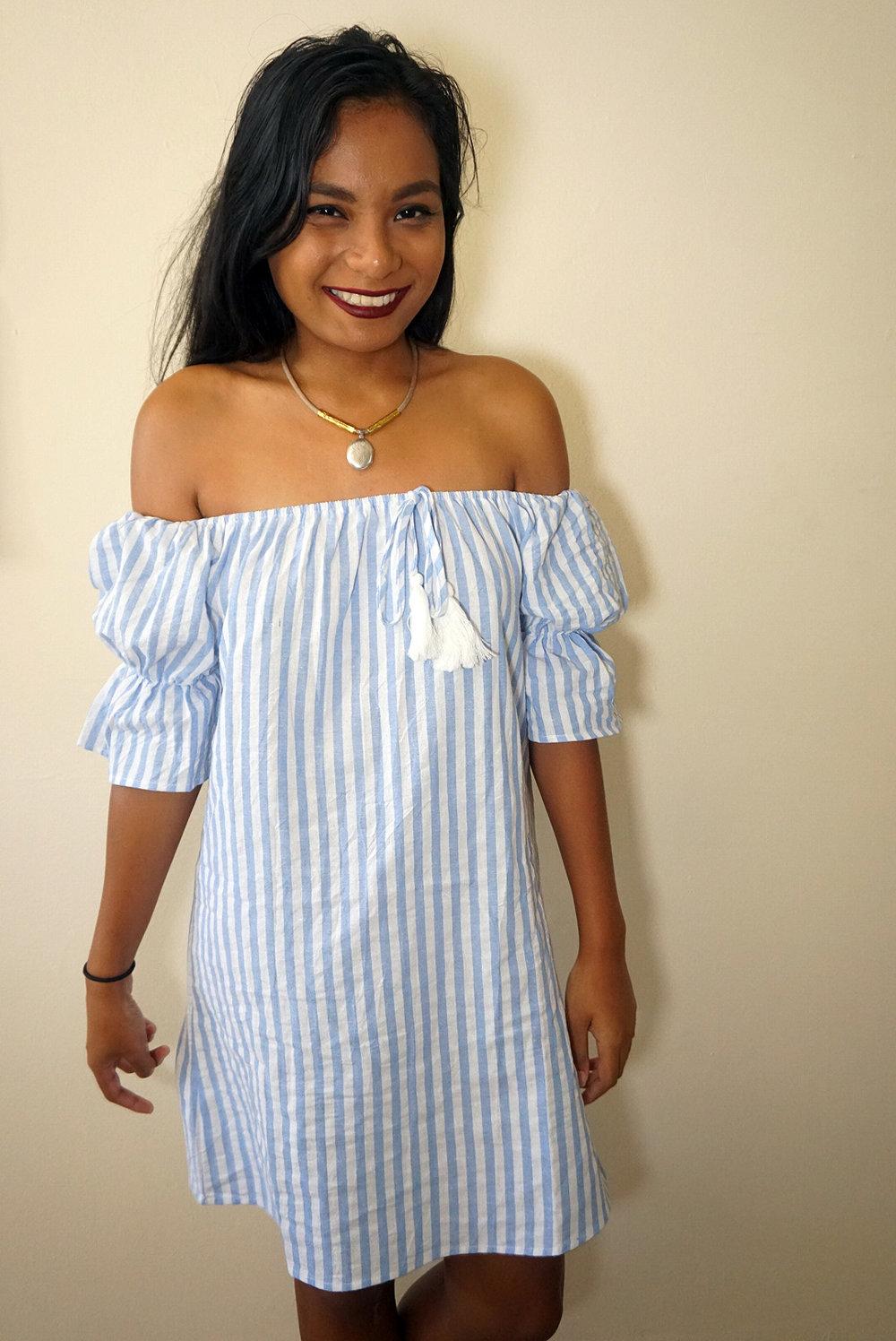 Off-the-shoulder-striped-dress-summer-fall-style-blogger-LINDATENCHITRAN-8-1616x1080.jpg