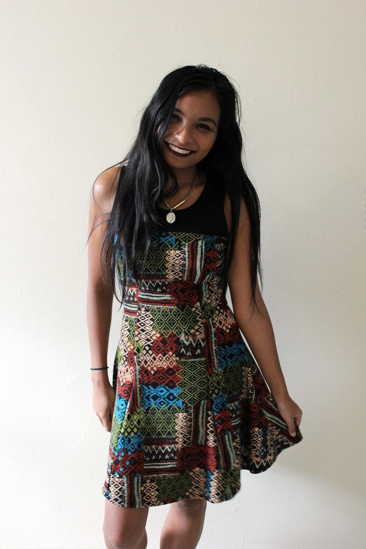 Patterned-Dress-Fall-Style-Blogger-Fashionista-LINDATENCHITRAN-3-1616x1080.jpg