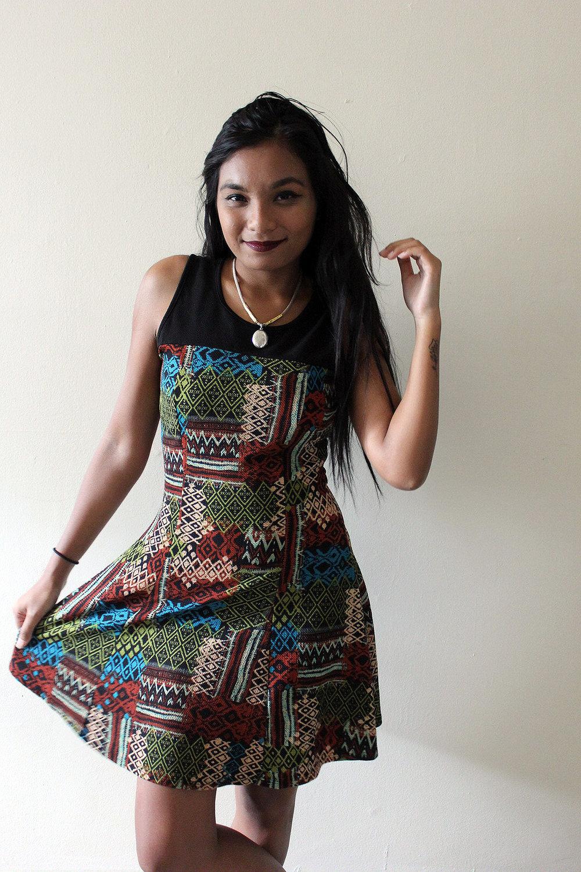 Patterned-Dress-Fall-Style-Blogger-Fashionista-LINDATENCHITRAN-4-1616x1080.jpg