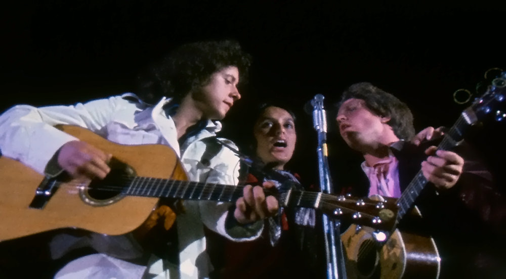 Left to right: Arlo Guthrie, Joan Baez, Country Joe McDonald. Credit: Courtesy Hereditary Disease Foundation