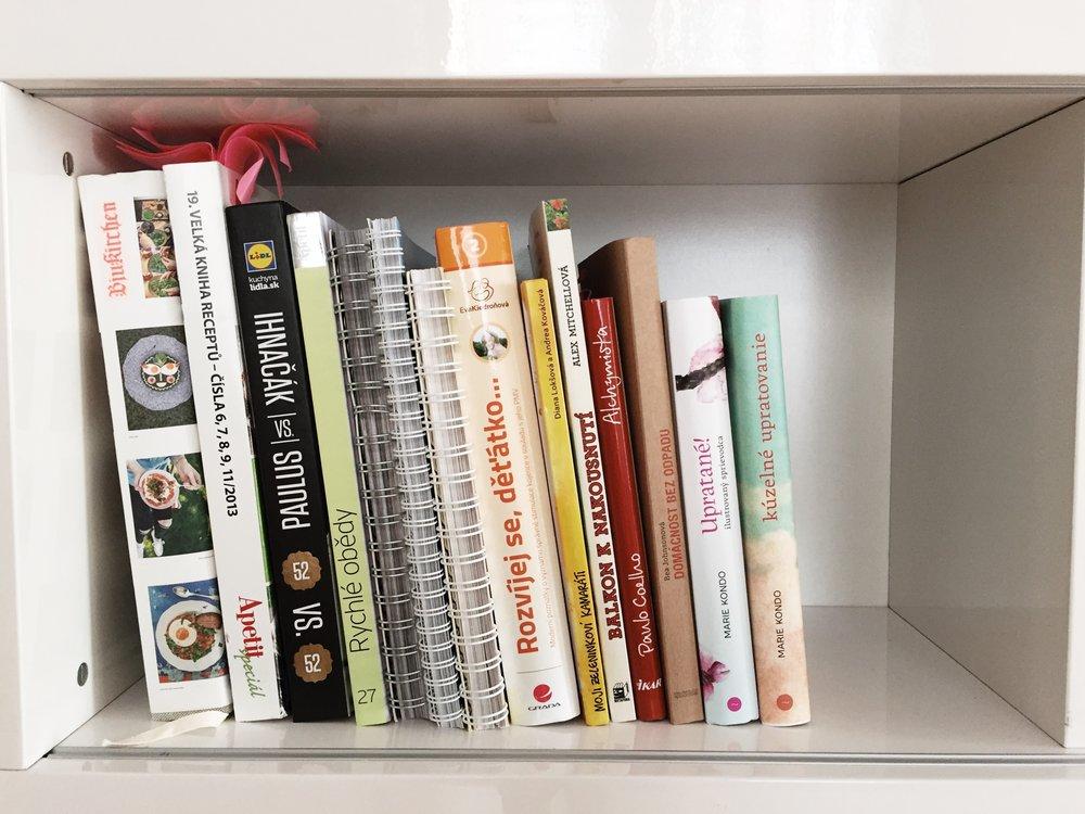 Moja kompletná knižnica po vytriedení všetkých kníh.