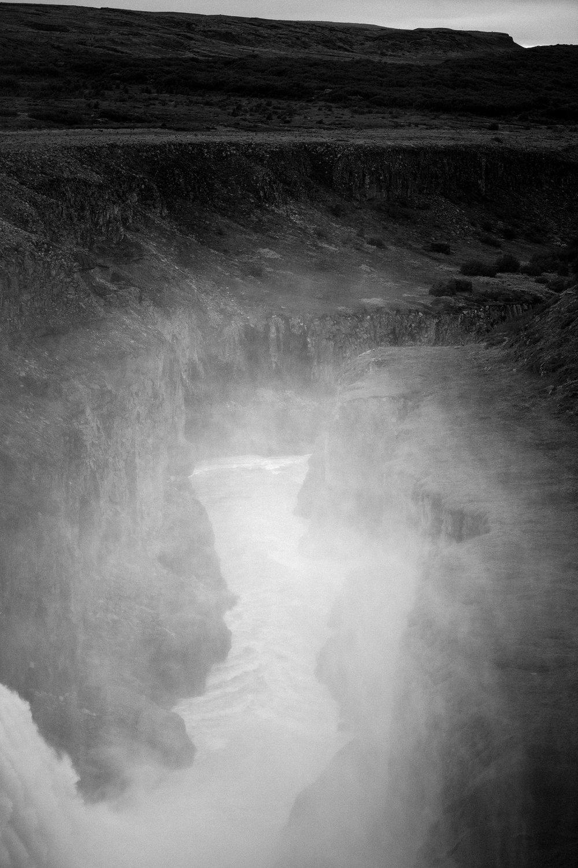 Iceland_Waterfall_MG_5576.jpg