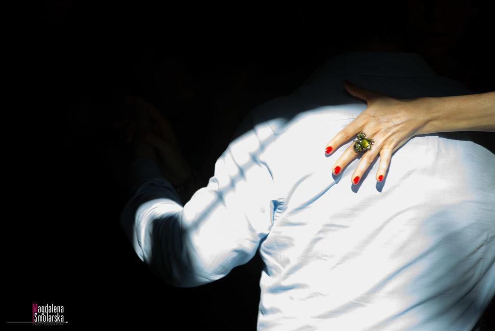 London & Brighton Portrait Photographer- Tango embrace and deep shadow captured by Magdalena Smolarska