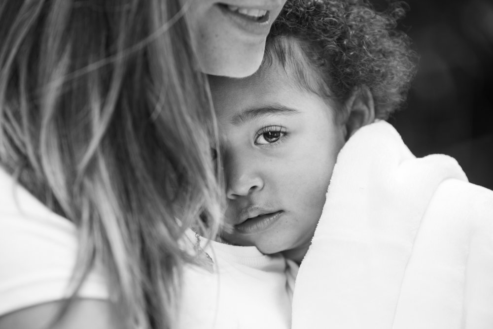 London & Brighton Portrait Photographer -Mother and daughter photo