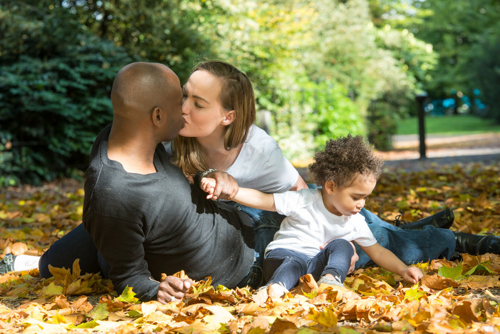 Autumn Family portrait session in central London by Magdalena Smolarska Photography
