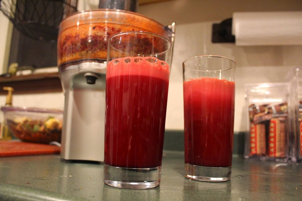 Breville juicer recipe: ginger, beet, sweet pepper, apple, carrot