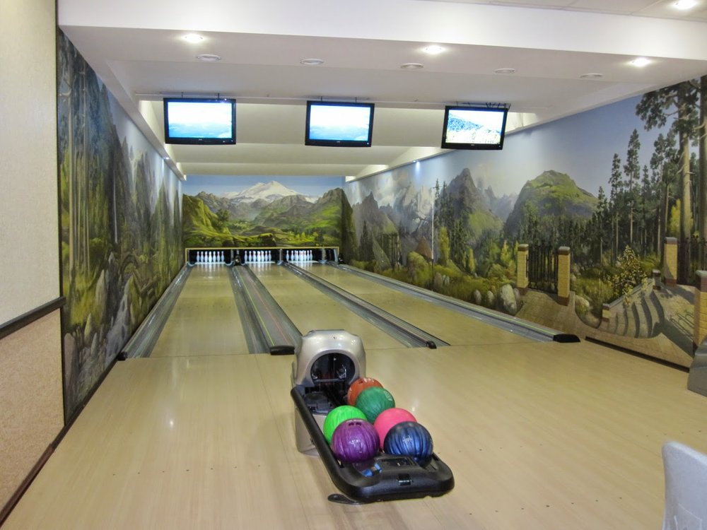 Bowling alley in a Russian hotel!