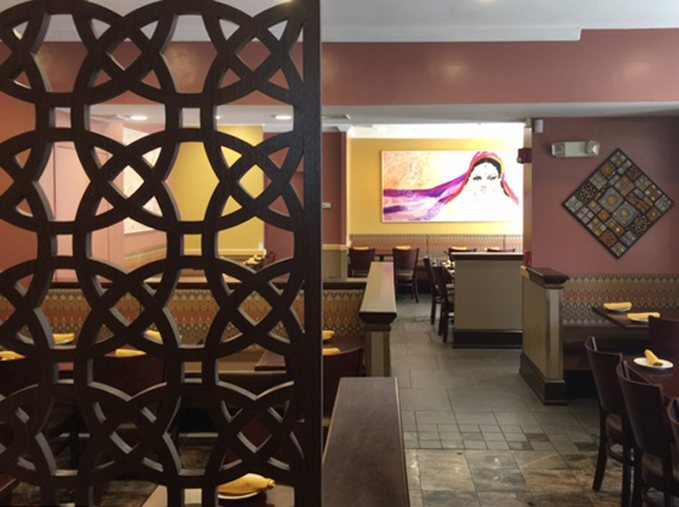 Kashmir Restaurant, MA -  3rd Planet Studio  Circles 1, Wall partition