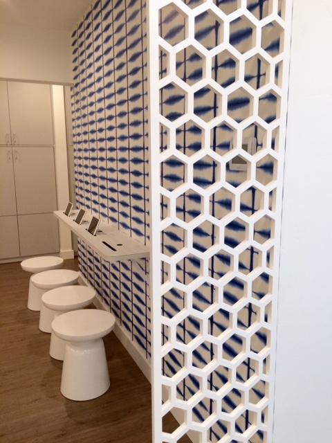 Ravassipour Orthodontics, Ashland, OR  - Twist Home Design  Honeycomb, Wall partition
