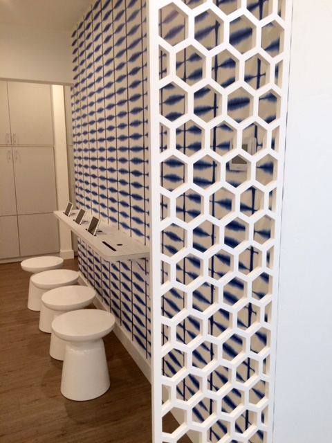 Ravassipour Orthodontics, Ashland, OR -  Twist Home Design  Honeycomb pattern, wall partition