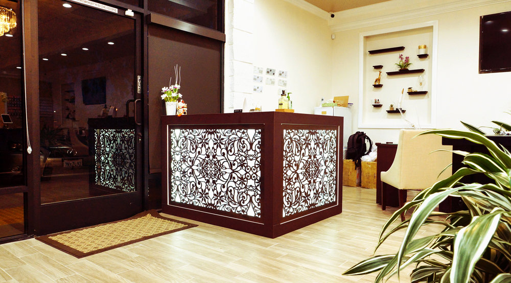 Queenie Nails, San Francisco, CA   Spring Vines, Decorative backlit reception desk