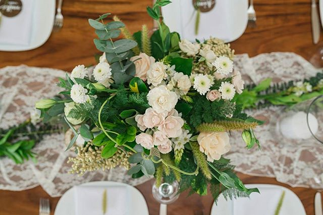 Did you know that Four Winds started out as a floral design company? Founder and Head Floral Designer Kirsten Juntunen's lifelong passion! This is why Four Winds Weddings puts such as a strong emphasis on the overall design and aesthetic of your wedding! Check out our new web site to see more of our floral work! // Photo by @costavidaphoto. . . . #weddingflorist #tablescape #tabledesign #travelandgetmarried #weddinginspo #weddingstyling #weddingdecor #costaricawedding #weddingplanner #costaricabeachwedding #beachweddingdecor #costaricaweddingdecor #weddingplannercostarica #destinationwedding #costaricaweddingplanner #bohowedding #bohoweddingtheme #bohoweddingideas #bohoweddinginspo #costaricaflorist #costaricavenue #costaricaweddingphotography #fourwindsweddings