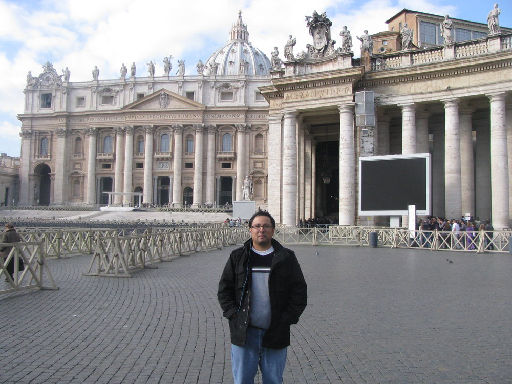 Robert Lopez in front of In front of St. Peter's Basilica in Vatican City (Rome).