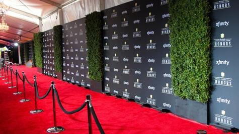 Celebrities - Gestionamos contactos para vestir a celebridades que encajen con tu target.