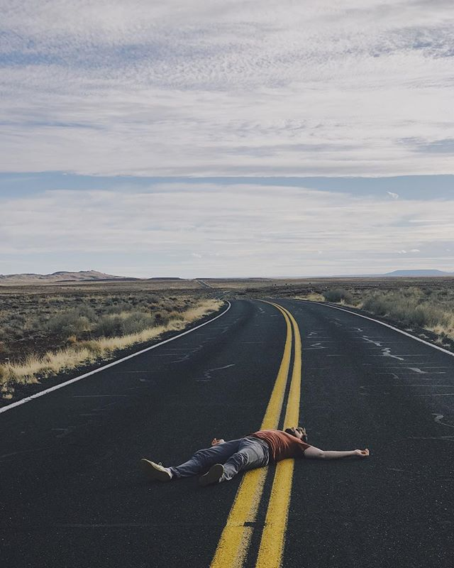 I saw a 50,000 year old Meteor Crater and then I died in this road. And now I'm dead in this road. Goodbye, I'll be on this road, well forever because I'm dead. ___ 📷: @throughthesprawl (creative direction: @danieljnufer)