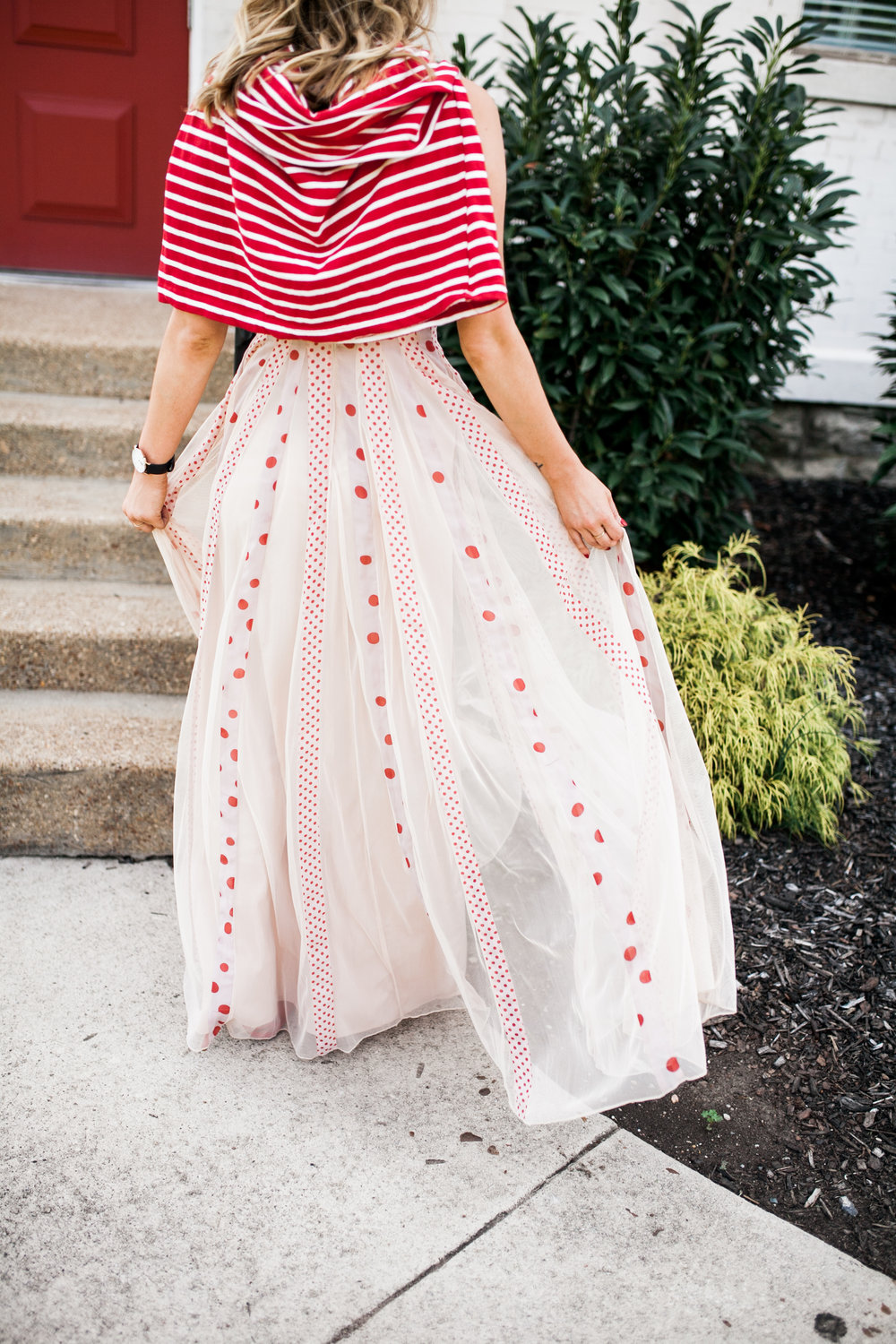 how-to-wear-the-polka-dot-trend-as-an-adult.jpg