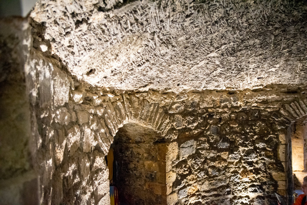 Mortared Ceilings - The ceilings appeared to be a mix of sticks woven in mortar.