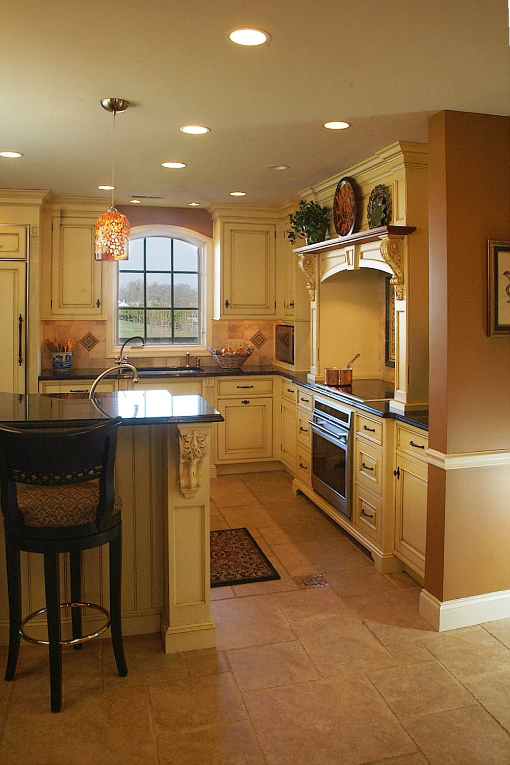 Kitchen-Side view.jpg