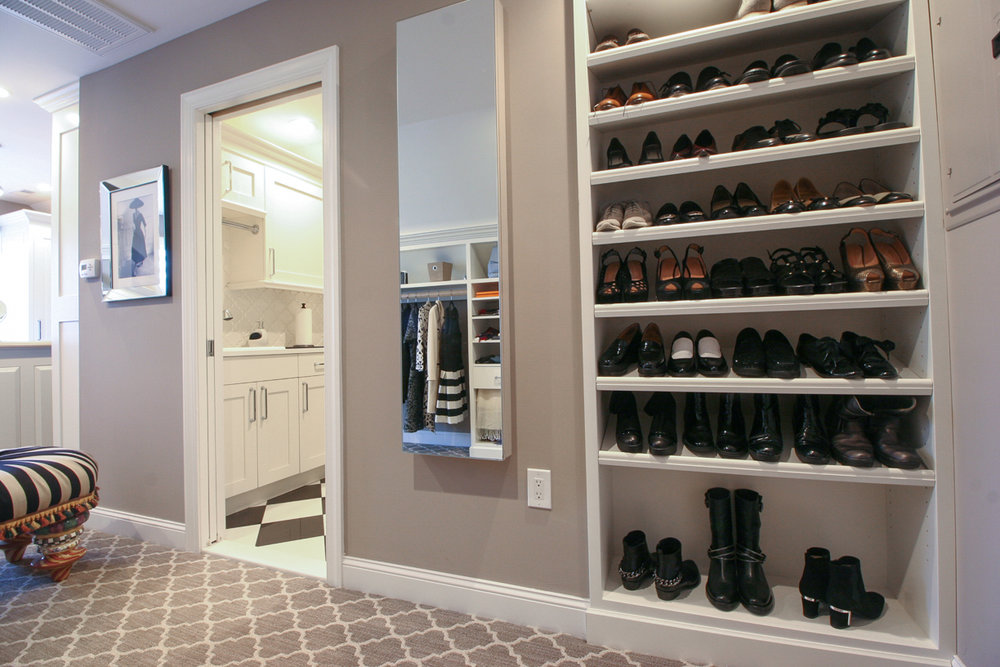 Custom Closet & Laundry Room