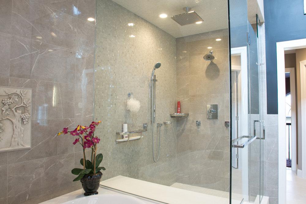 Shower and tub blend together
