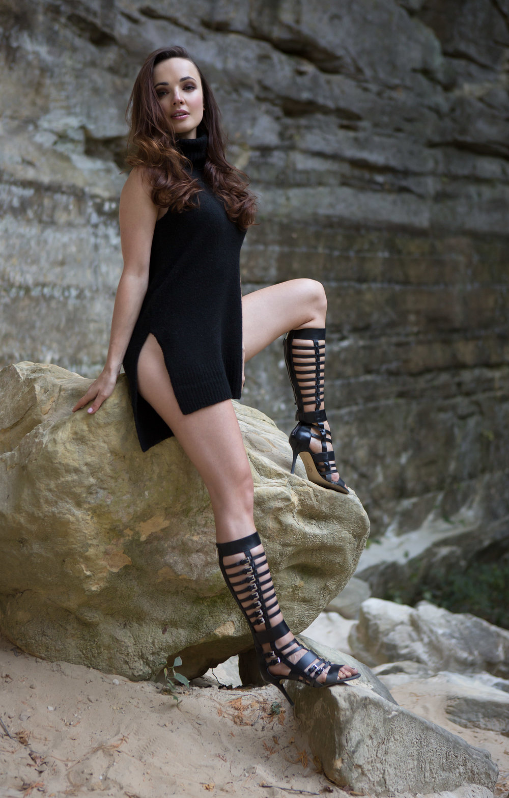Natalli sitting on rock for web -4387-Edit.jpg