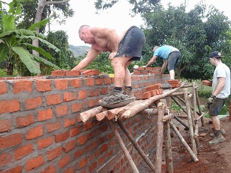Brickies at work