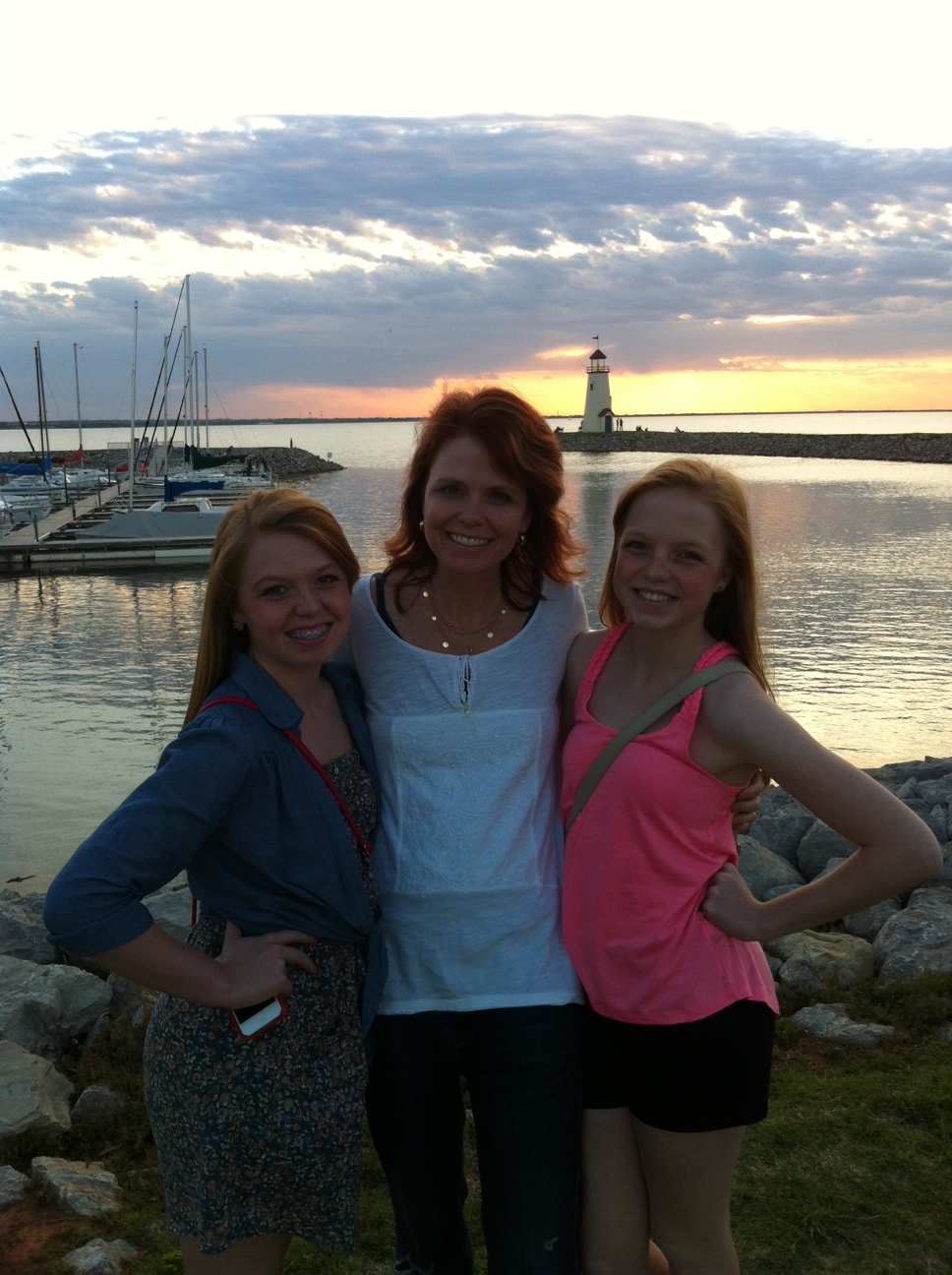 Stacee and girls at Lake Hefner