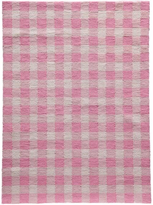 pink check rug