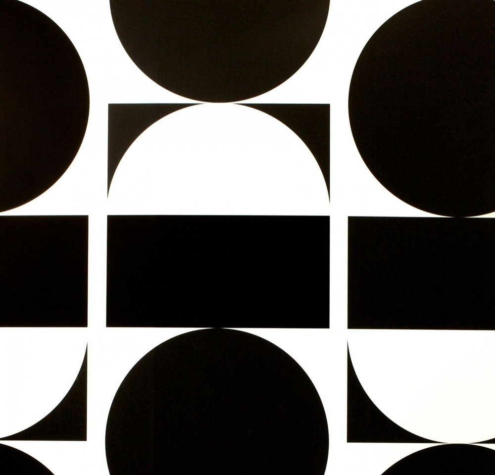 black + white geometric wallpaper