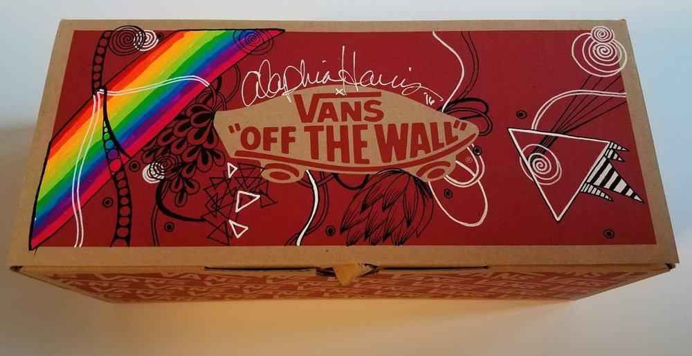 """""""Free Prism"""" Box"""
