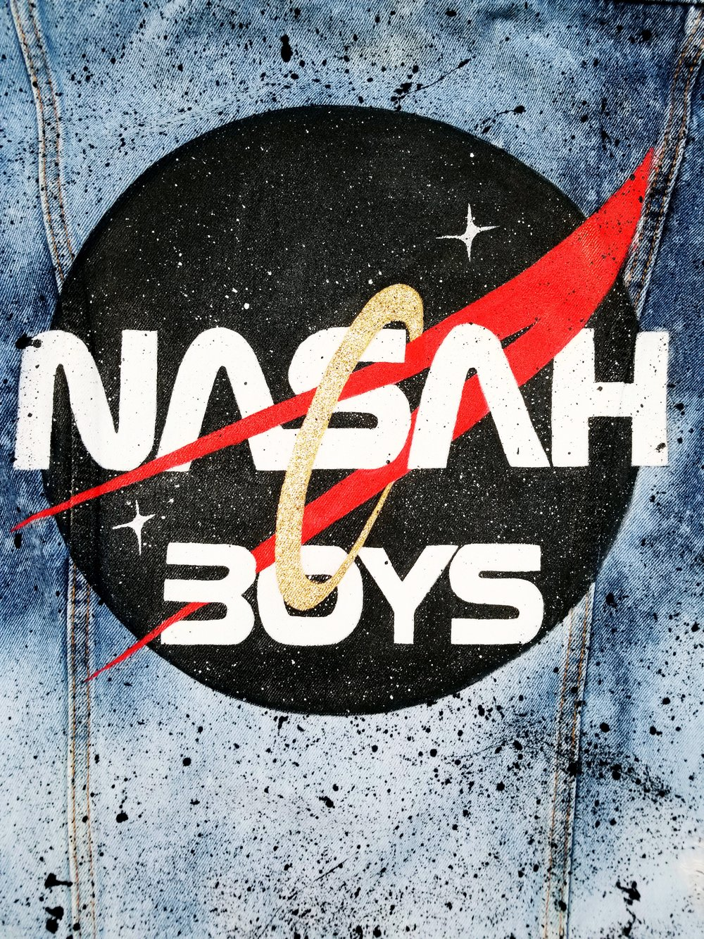 """NASAH BOYS"""